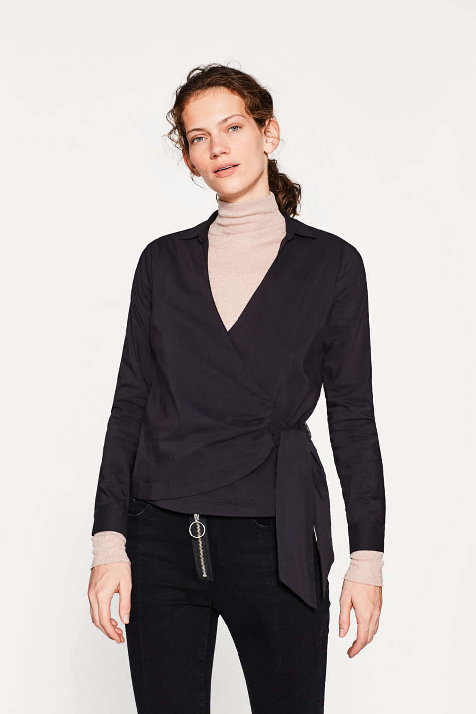 Esprit - Wrap-over blouse with a bow detail