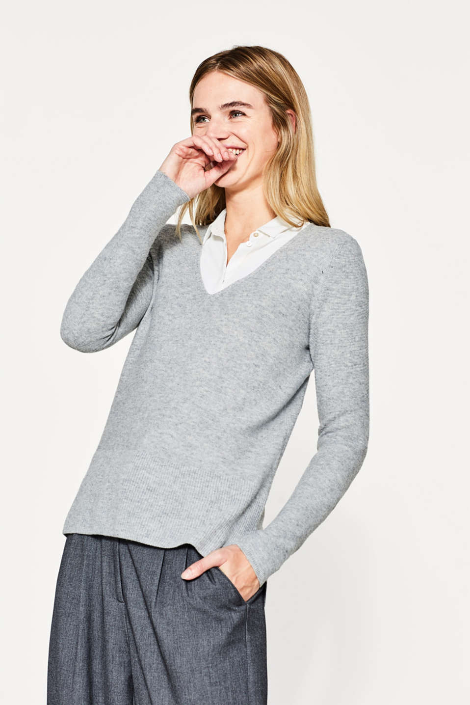Esprit - V-Pullover in modischem Rippen-Mix