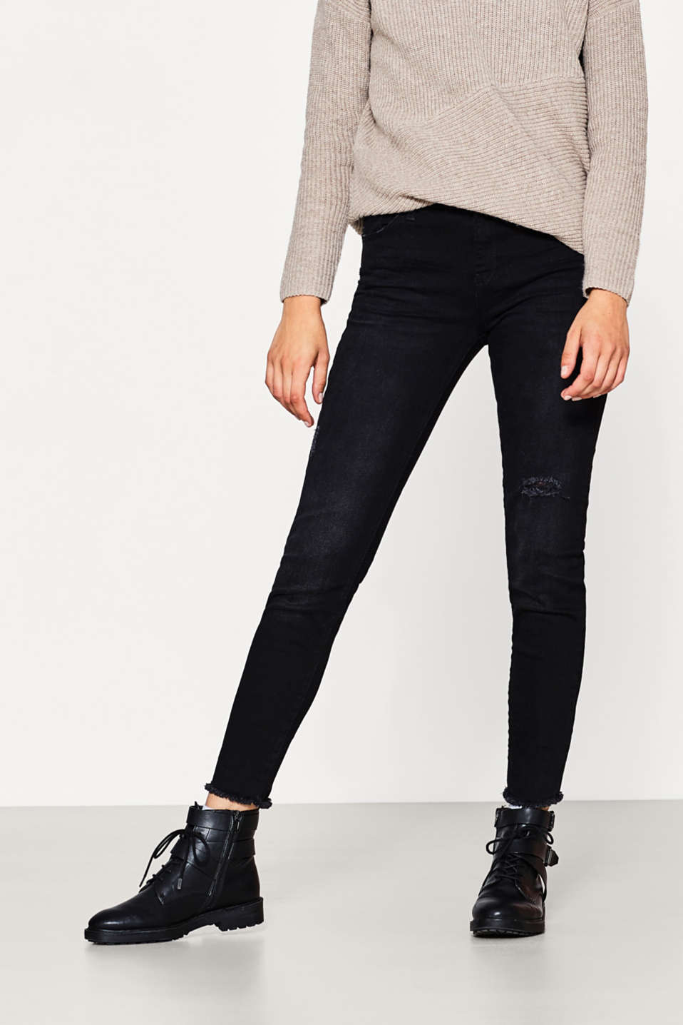 Esprit - Jean noir stretch au look destroy