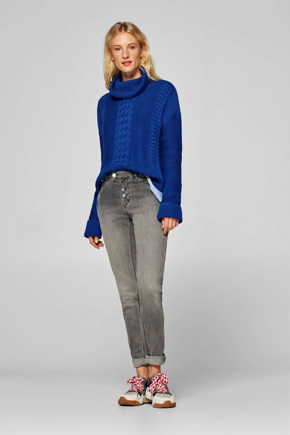 edc - Stretch jeans with an asymmetric button placket