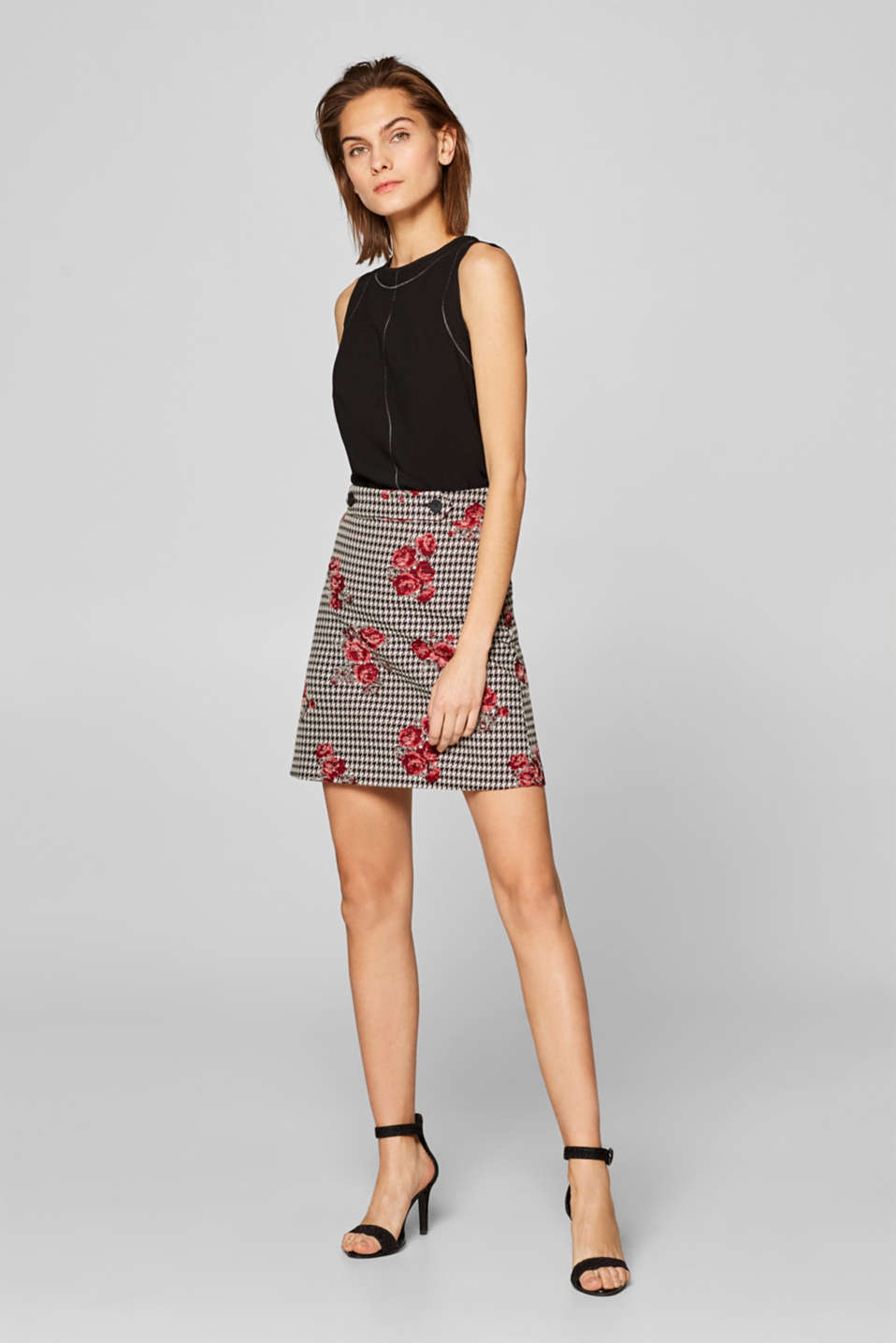 edc - Jacquard skirt with a houndstooth/rose pattern