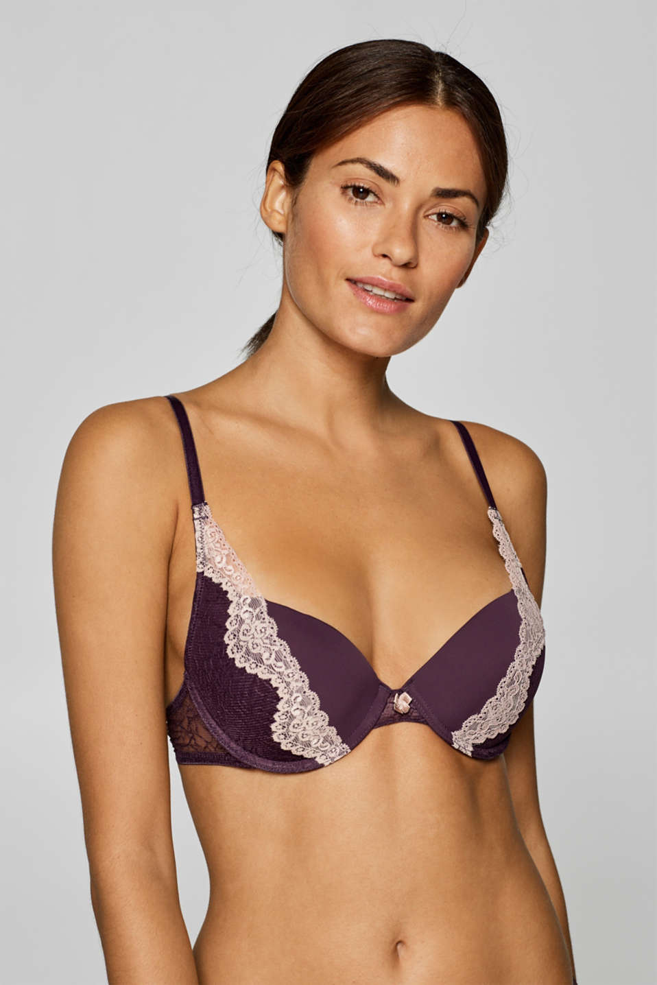 edc - Heavily padded push-up bra in two types of lace