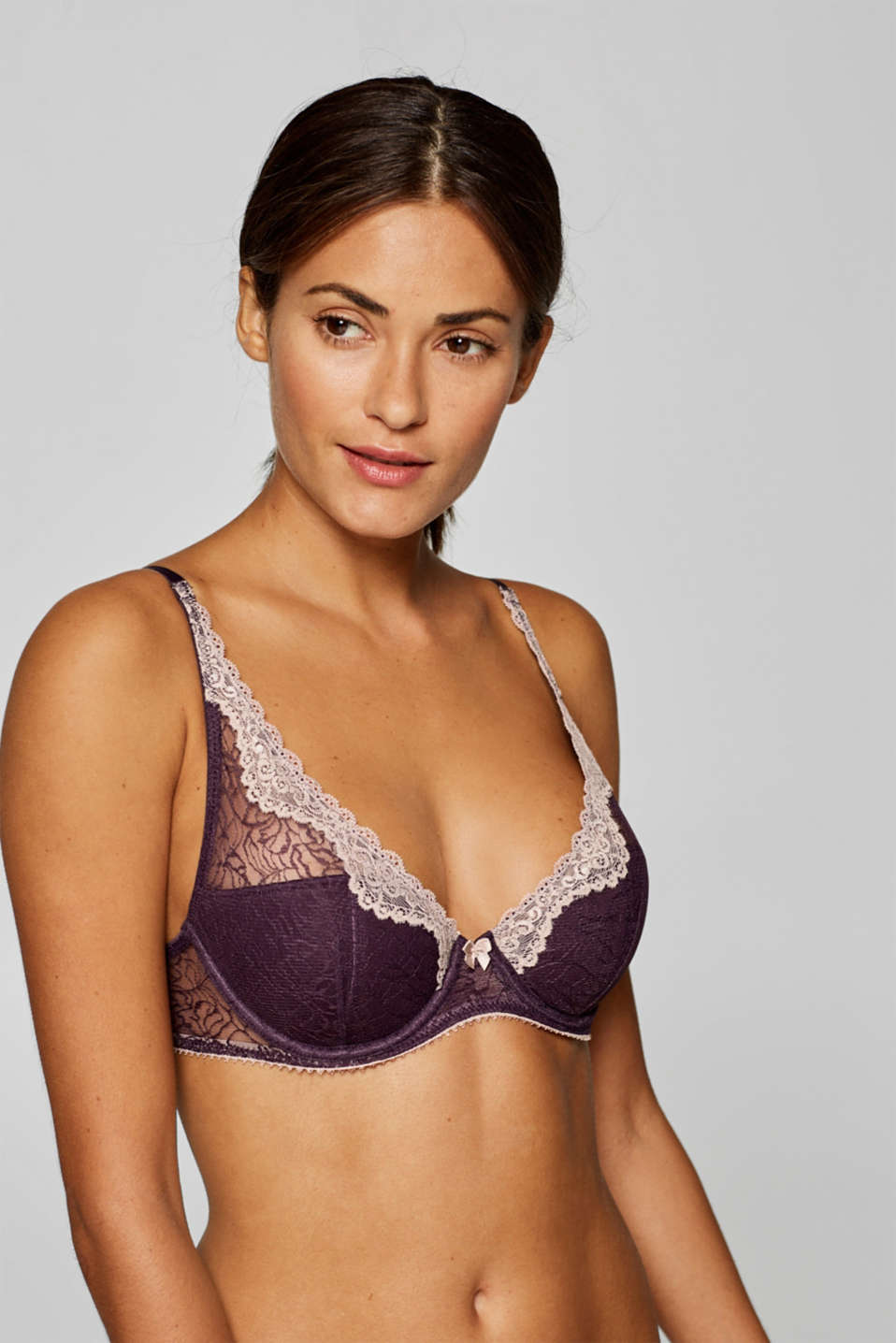 edc - Half-padded underwire bra in two types of lace