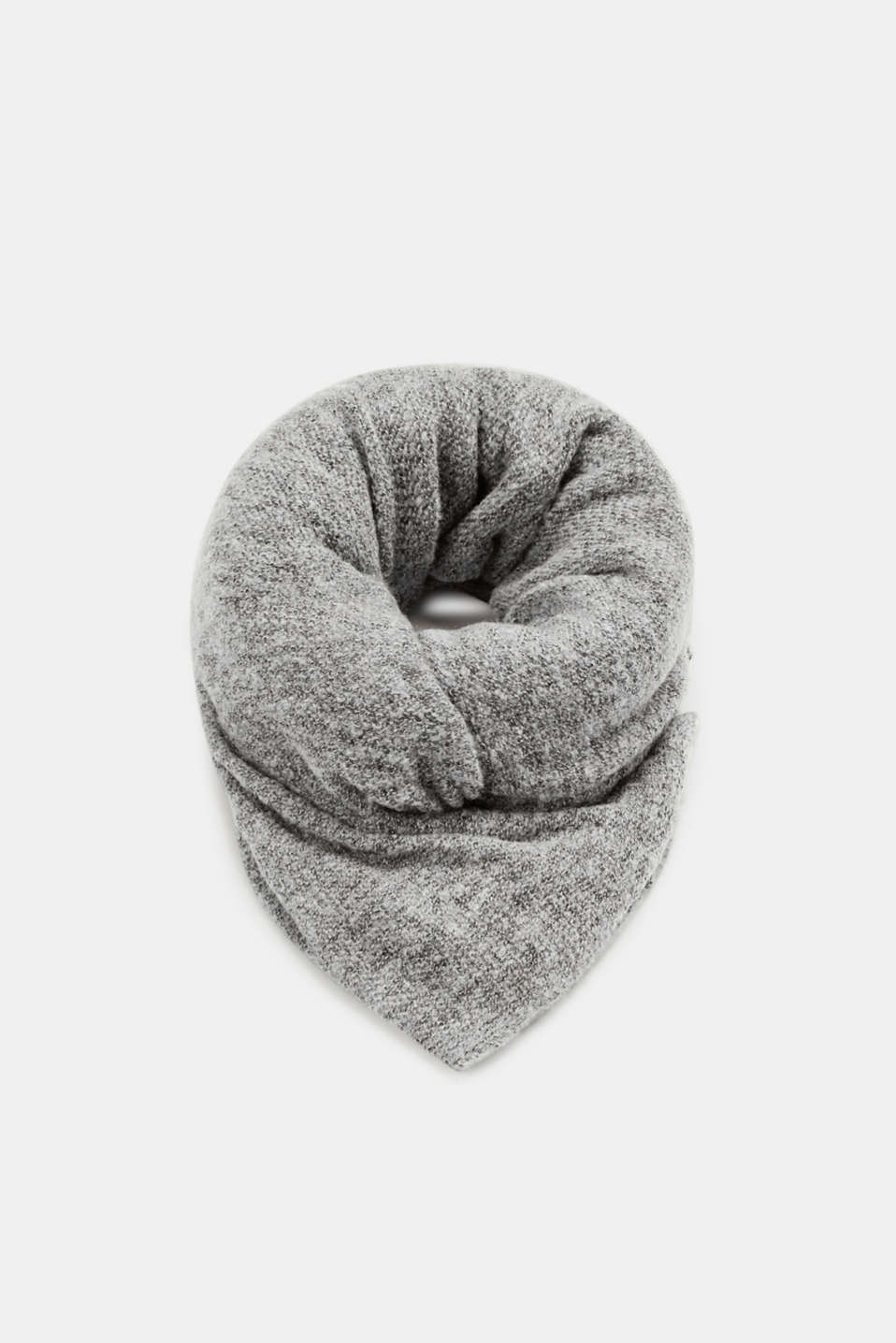 Esprit - Oversized scarf in an airy knit