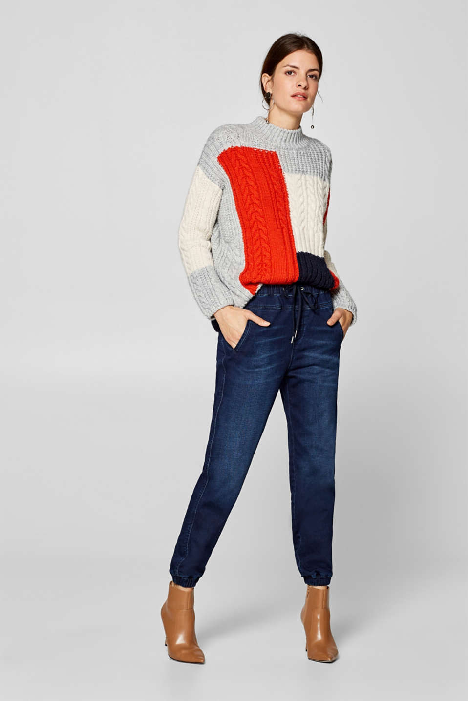 Esprit - Soft stretch jeans in a casual tracksuit bottoms style