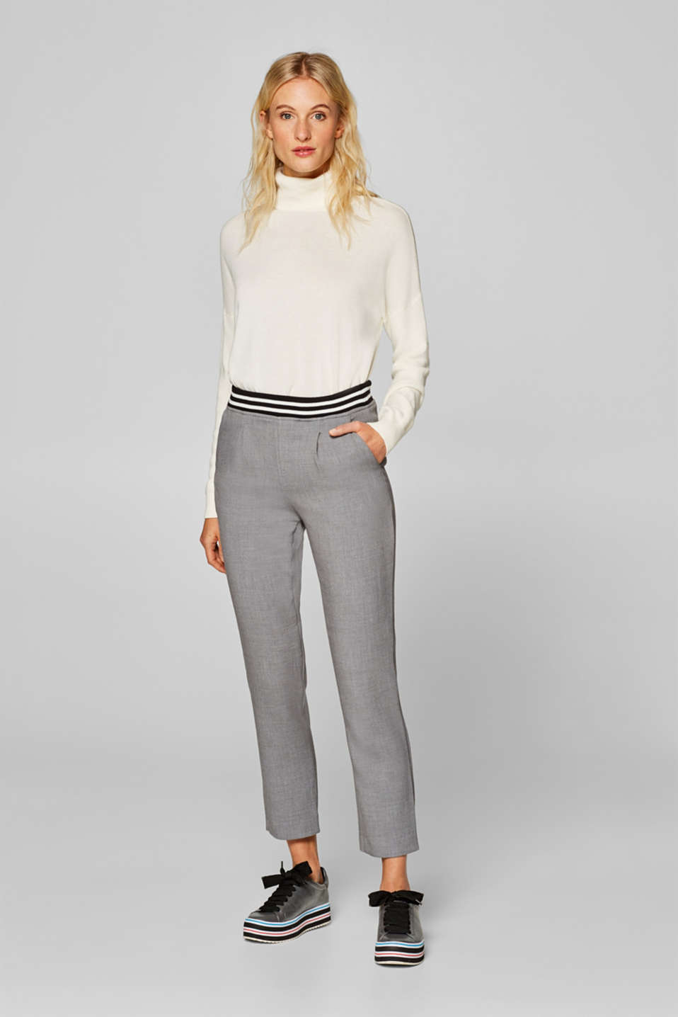 Esprit - Tracksuit-style trousers with an elasticated, ribbed waistband