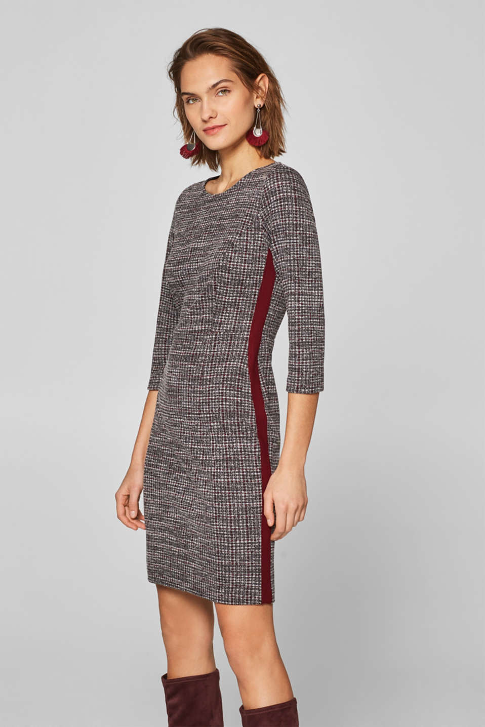 Esprit - Jersey sheath dress with tuxedo stripes