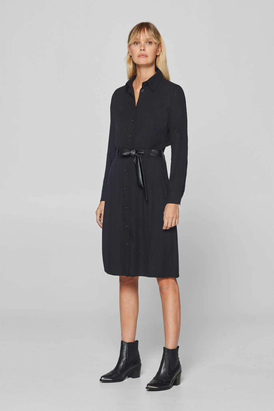 Esprit - Shirt dress with a faux leather tie-around belt