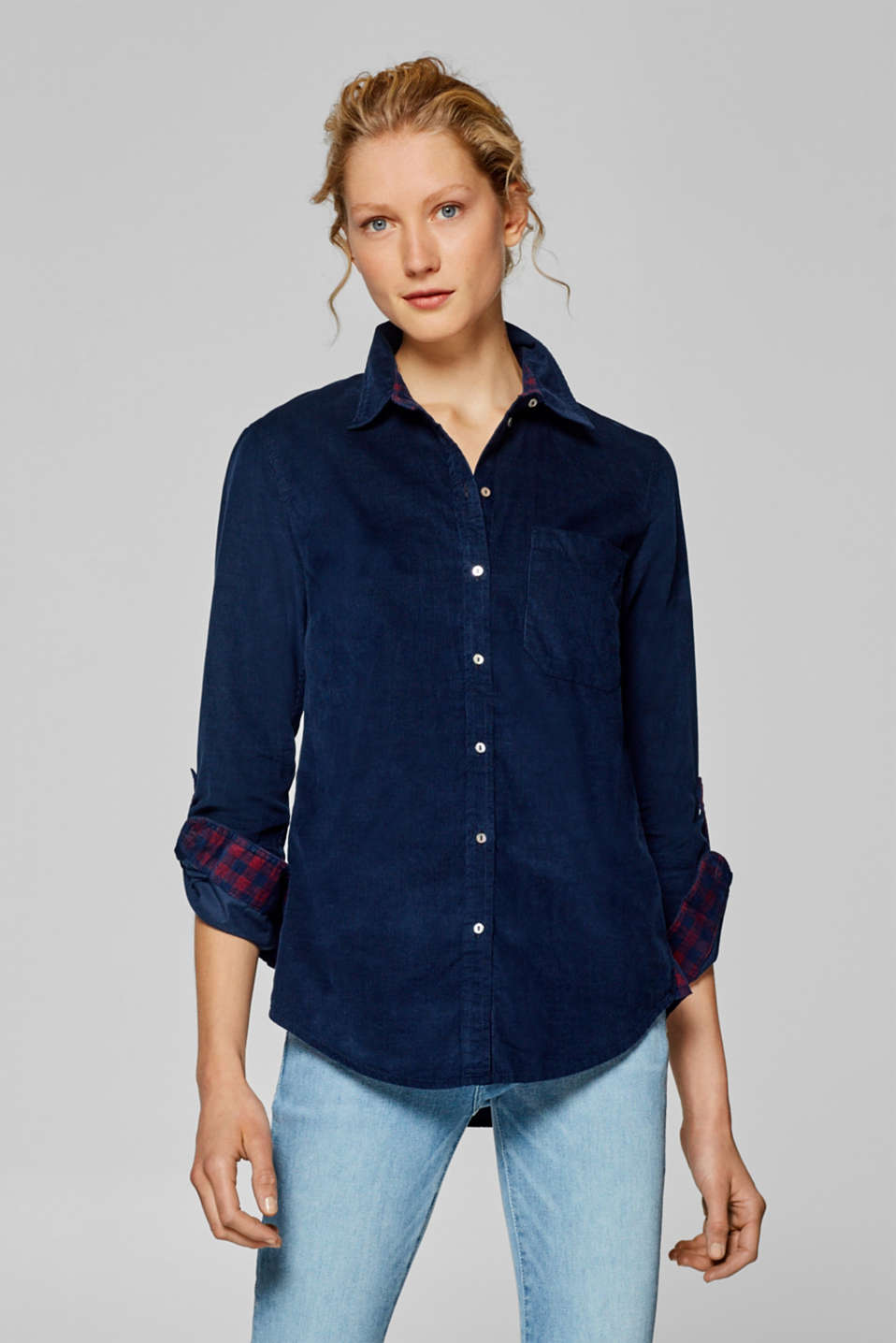 Esprit - Shirt blouse in needlecord, 100% cotton