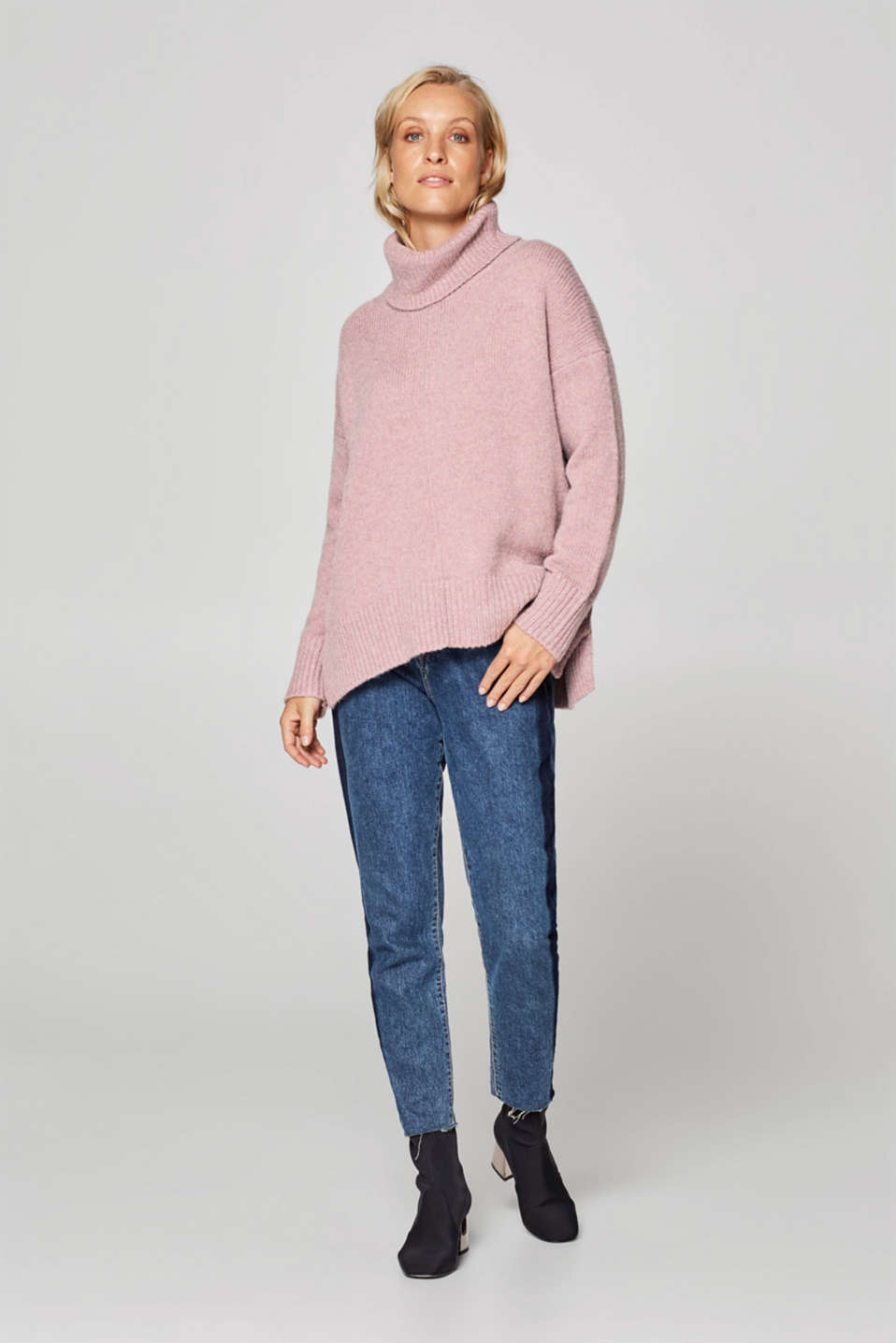 Esprit - Wool blend: oversized jumper with a polo neck