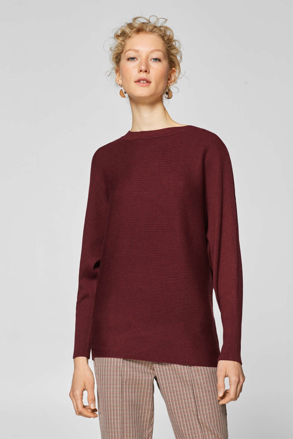 Esprit - Ribbed jumper with batwing sleeves