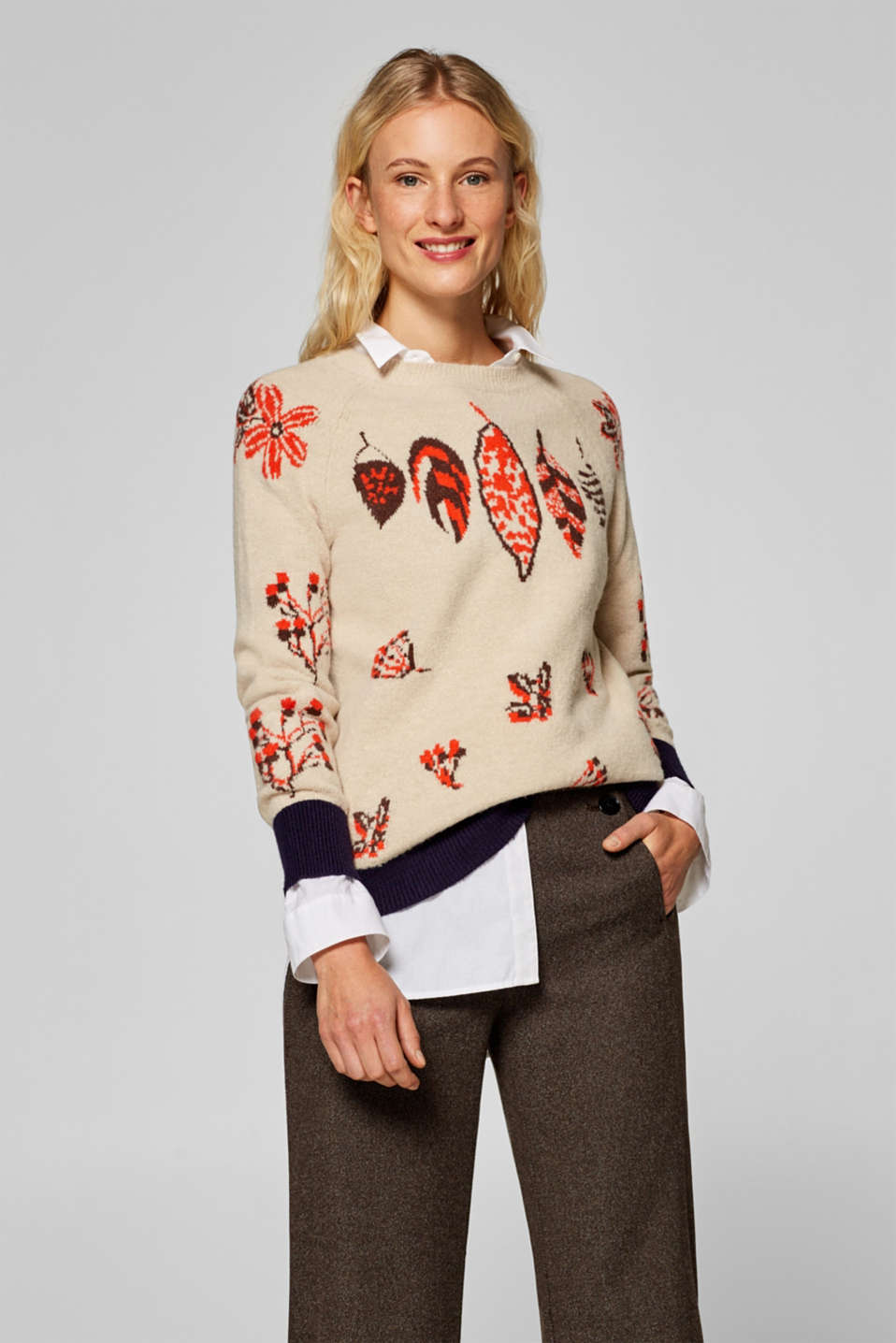 Esprit - Jumper with a jacquard pattern