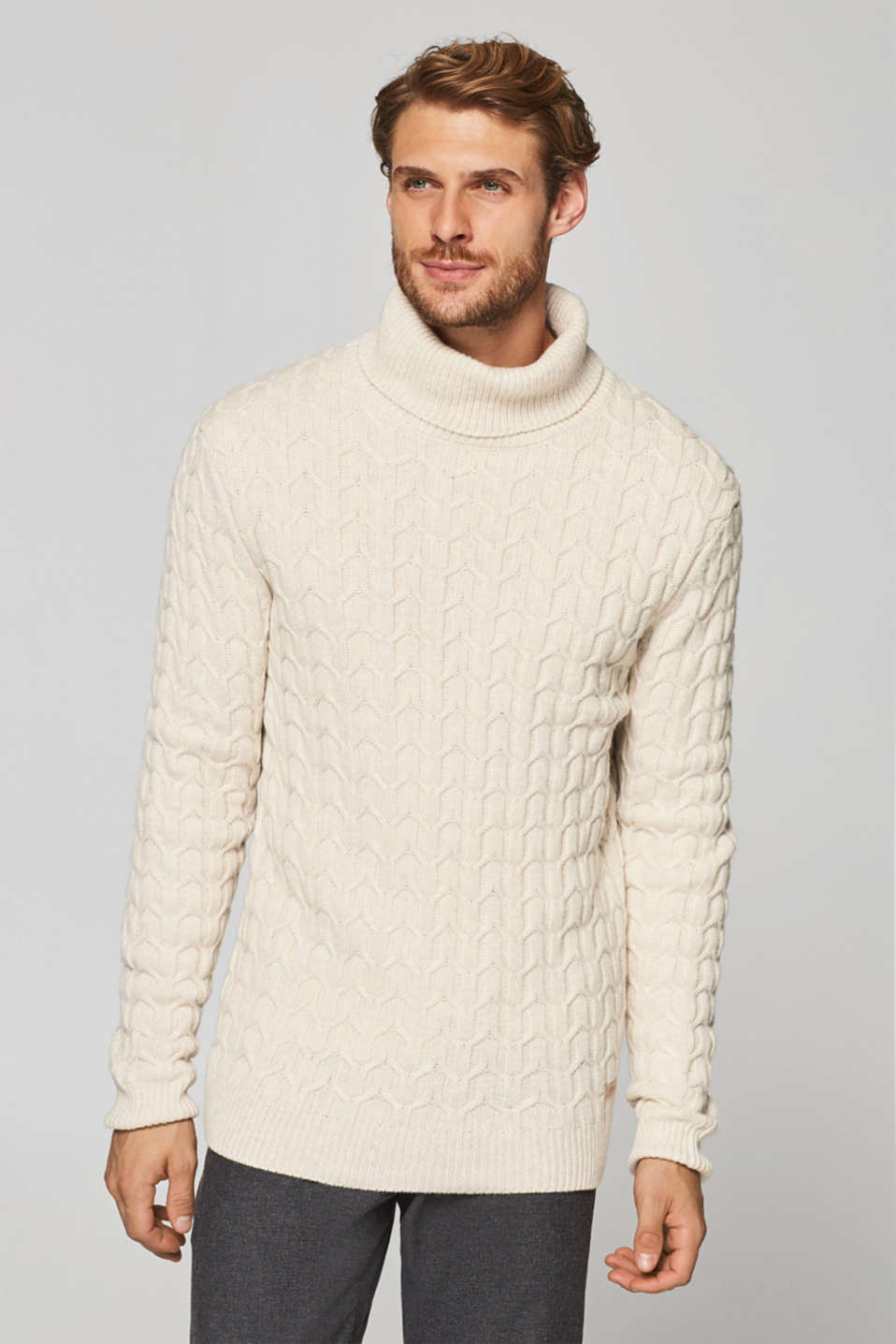 Esprit - With wool: jumper with a cable pattern