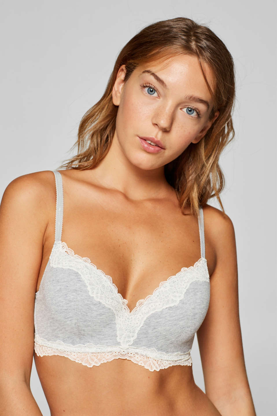 Esprit - Padded bra with concealed underwiring and lace