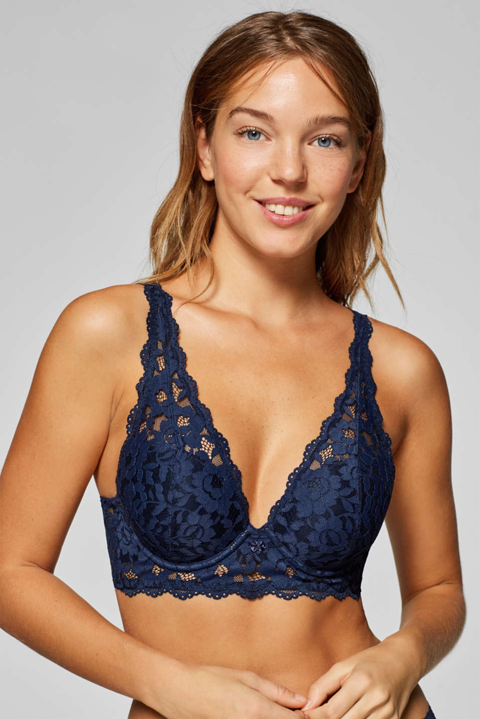 Esprit - Heavily padded push-up bra made of lace
