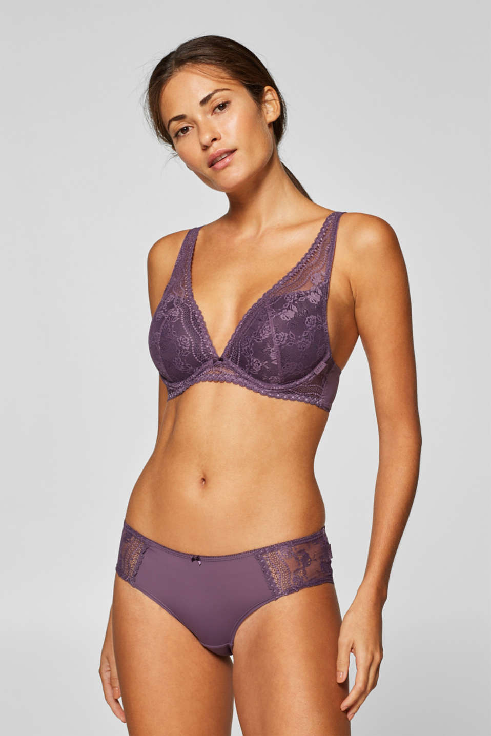 Esprit - Push-up bra with floral lace