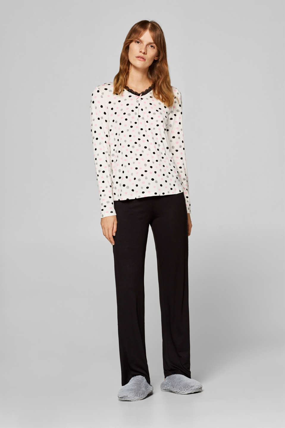 Esprit - Jersey pyjamas with a polka dot print