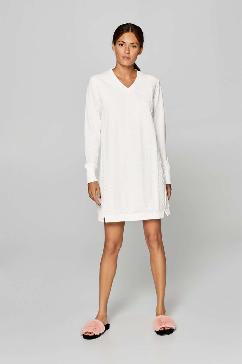 Esprit - Jersey nightshirt with braided textures
