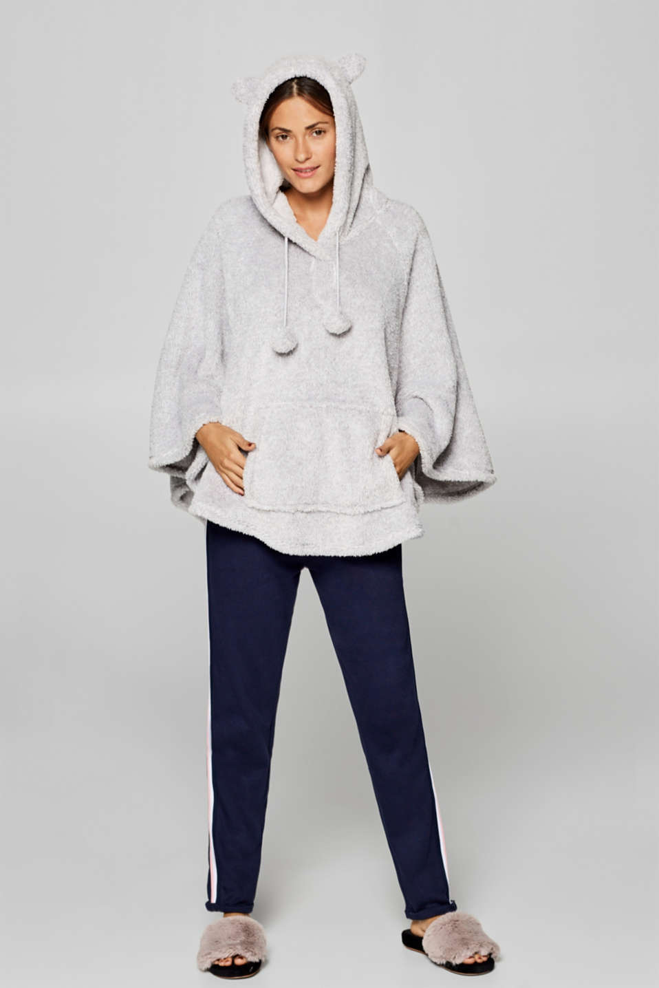 Esprit - Plush poncho with cute details