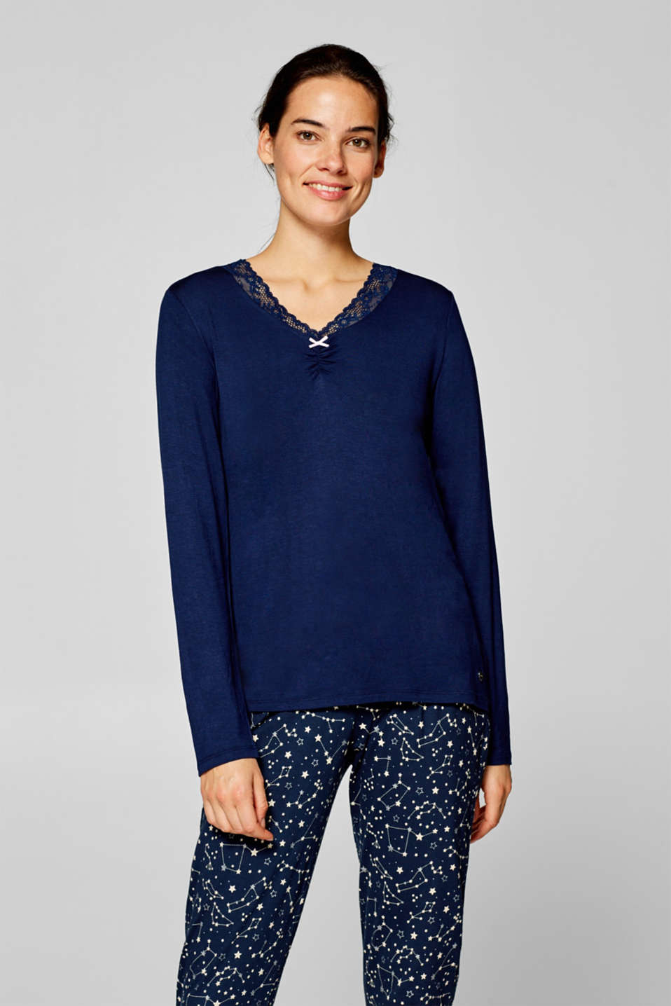 Esprit - Long sleeve top with a lace neckline and stretch