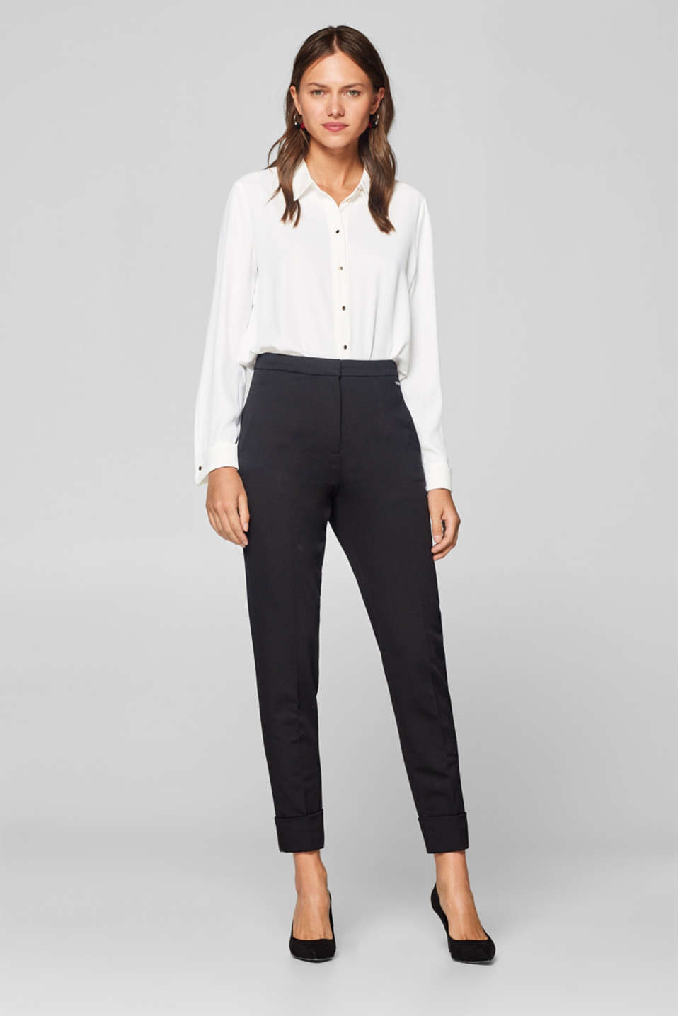 Esprit - Shaping trousers with turn-up hems