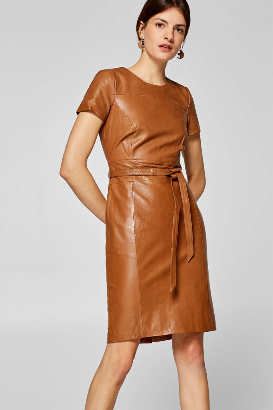 Esprit - Fitted dress with a tie-around belt, 100% leather