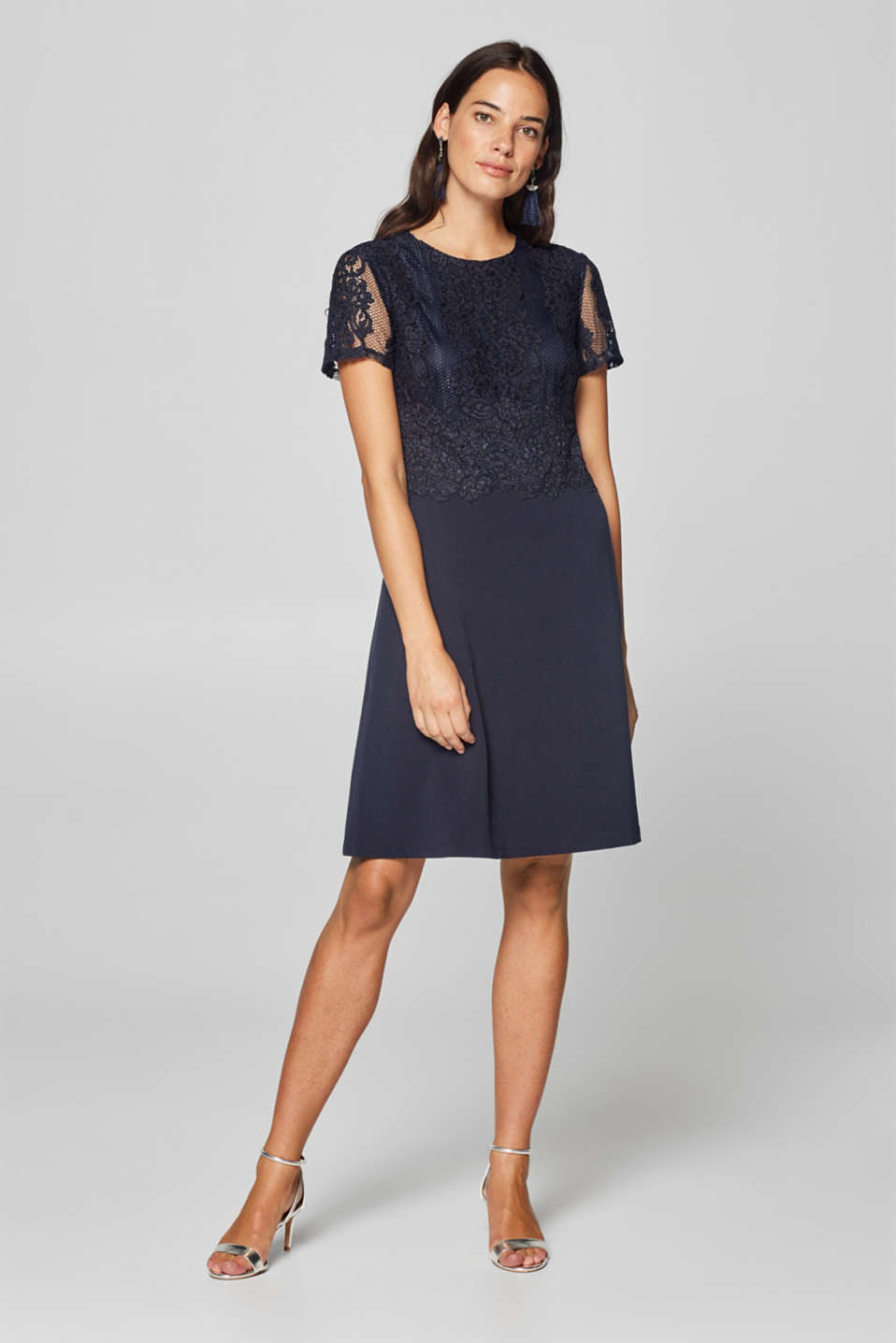 Esprit - Dress in a fabric blend of lace and jersey