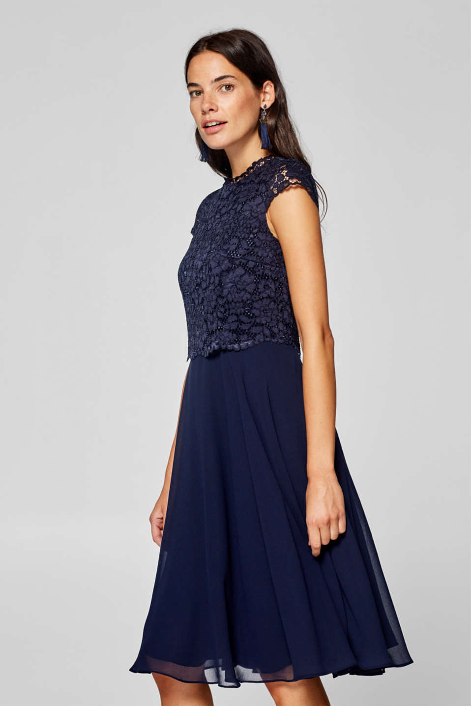 Esprit - Chiffon dress with a lace top