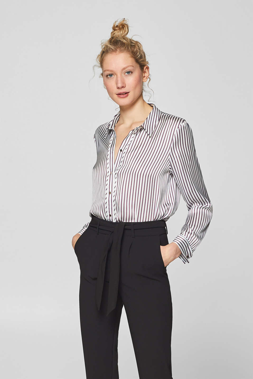 Esprit - Printed blouse with cufflinks