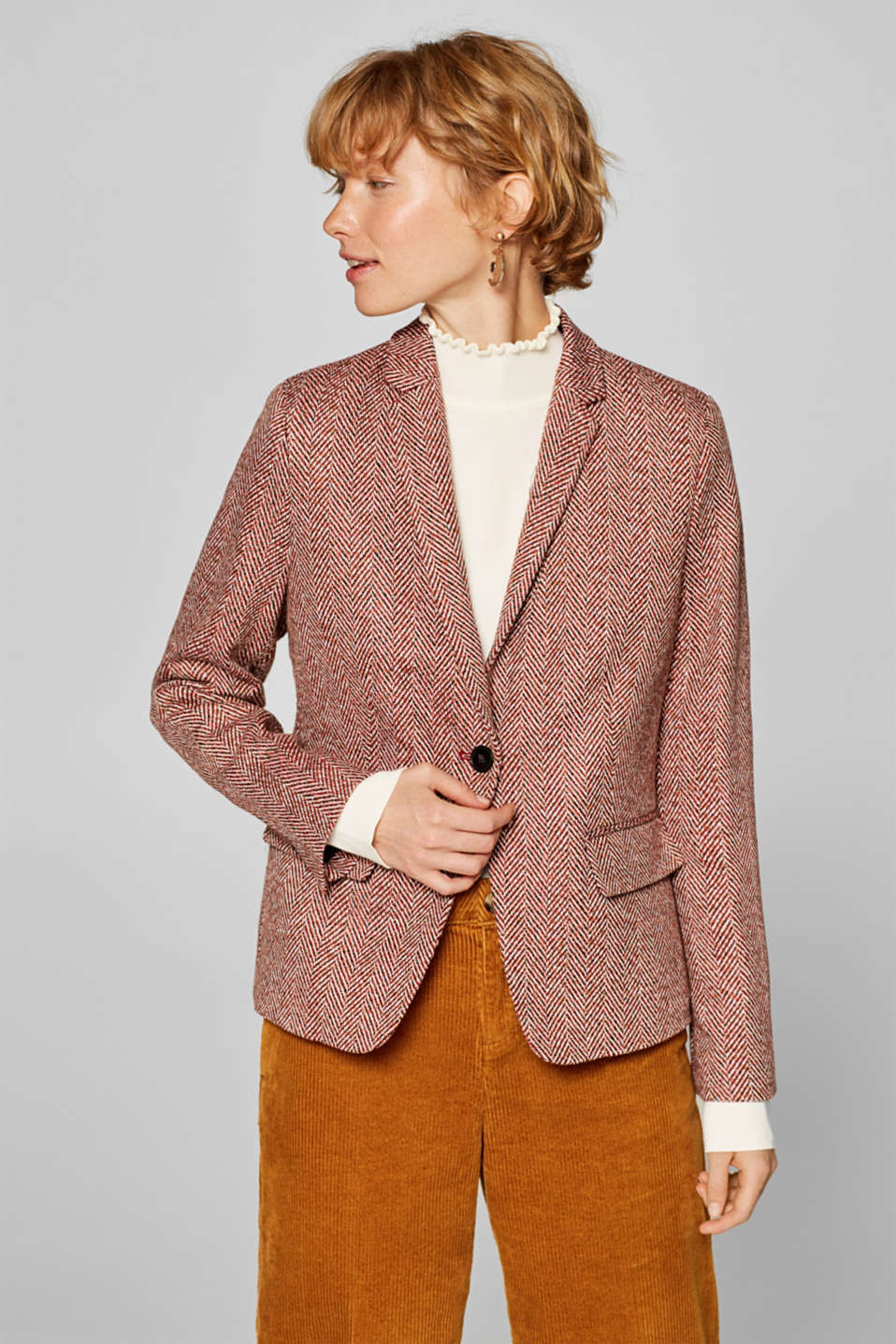 Esprit - Fitted herringbone blazer containing wool