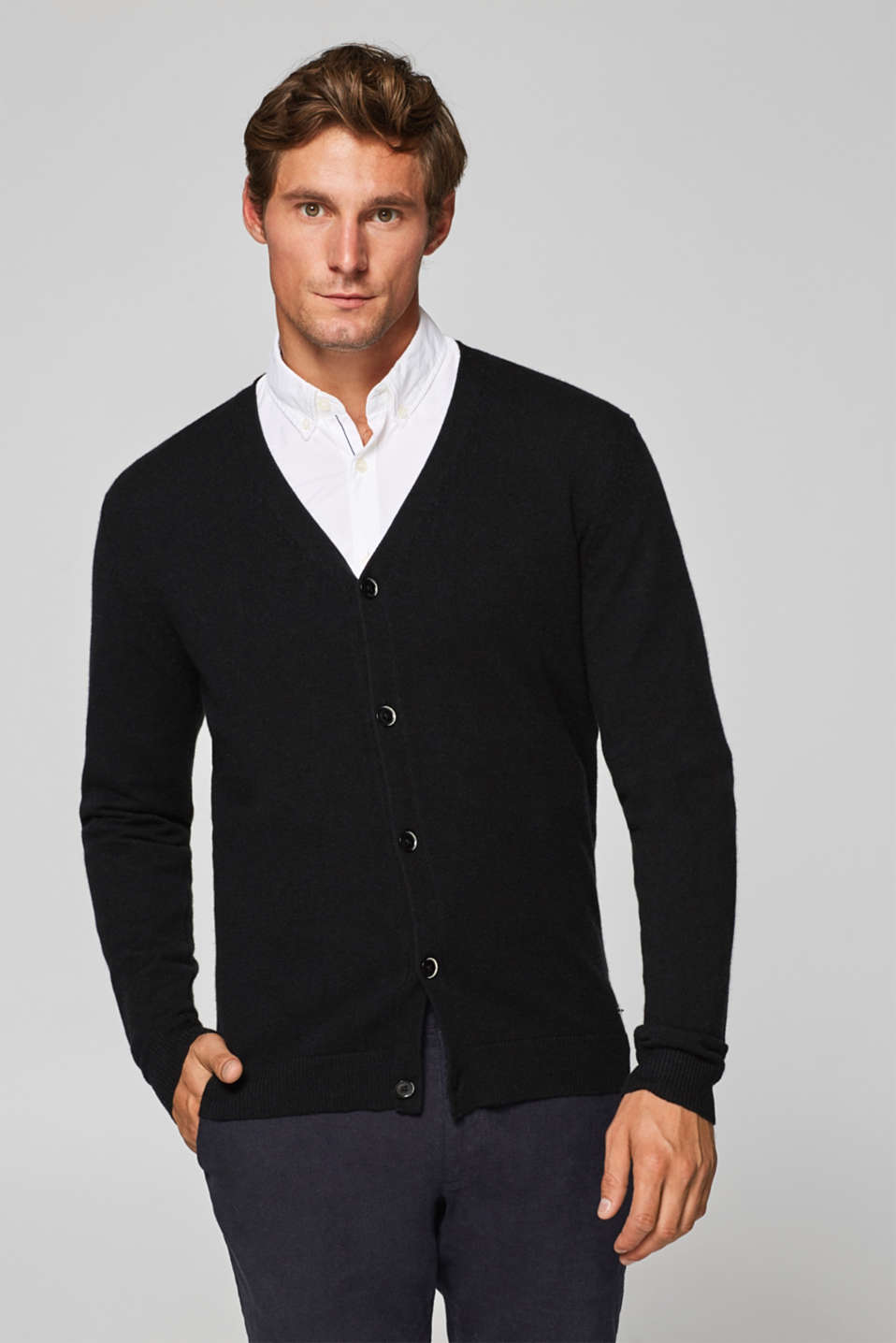 Esprit - A cashmere/wool blend: V-neck cardigan