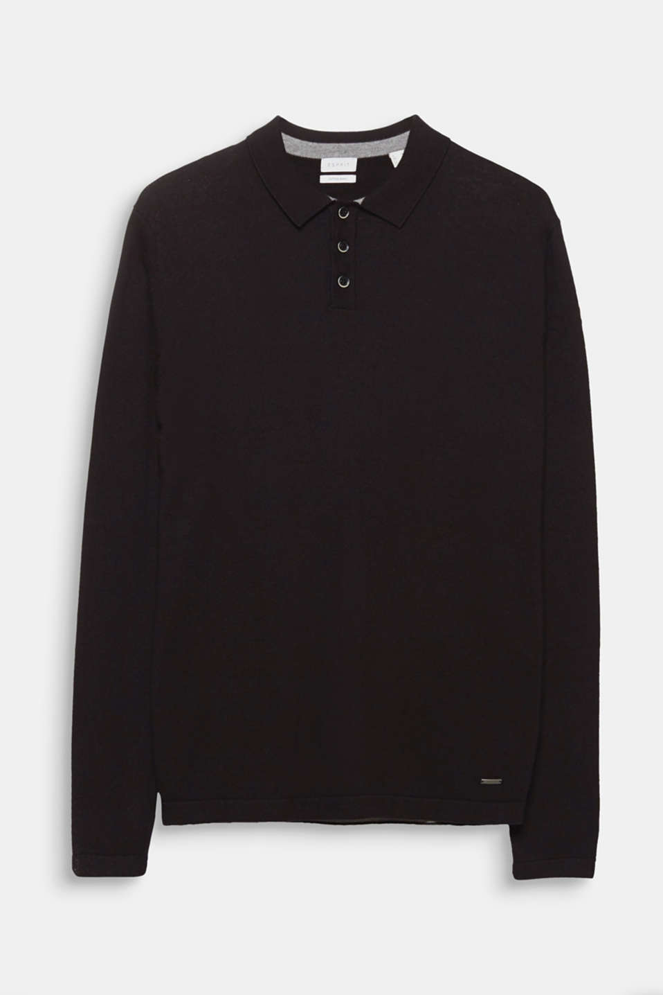 A menswear classic: the polo-neck jumper. The high-quality fine knit with wool makes this jumper particularly elegant.
