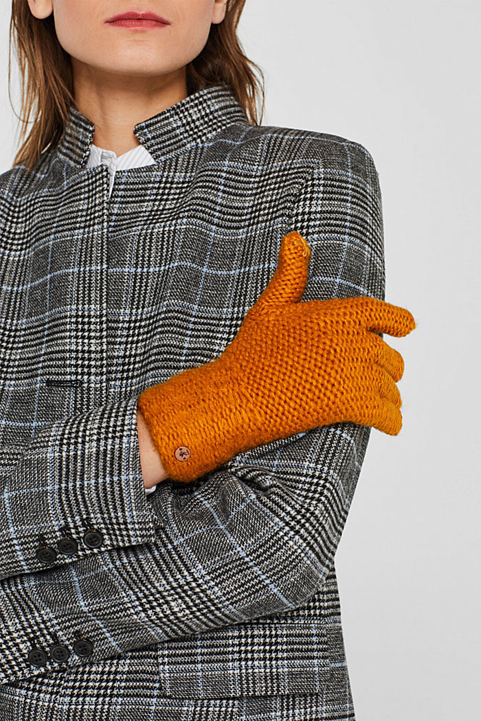 Chunky knit gloves, AMBER YELLOW, detail image number 1