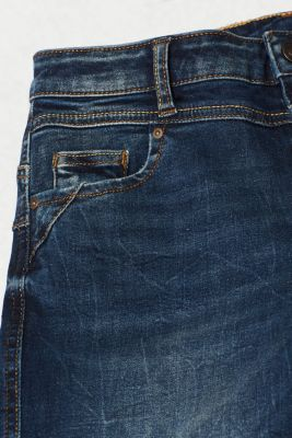 With TENCEL™: Shaping jeans with two-way stretch