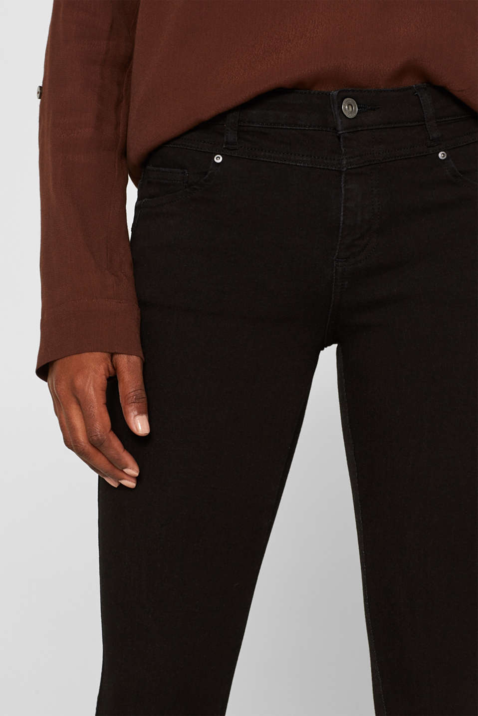 With TENCEL™: Shaping jeans with two-way stretch, BLACK RINSE, detail image number 6
