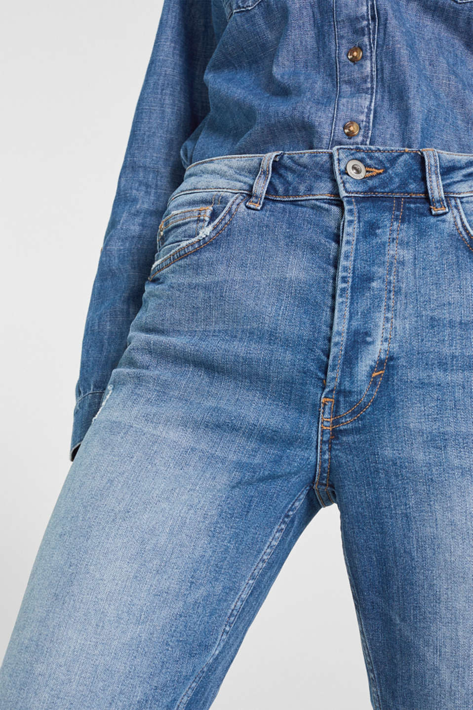 Stretch jeans with a button fly, BLUE MEDIUM WASH, detail image number 2
