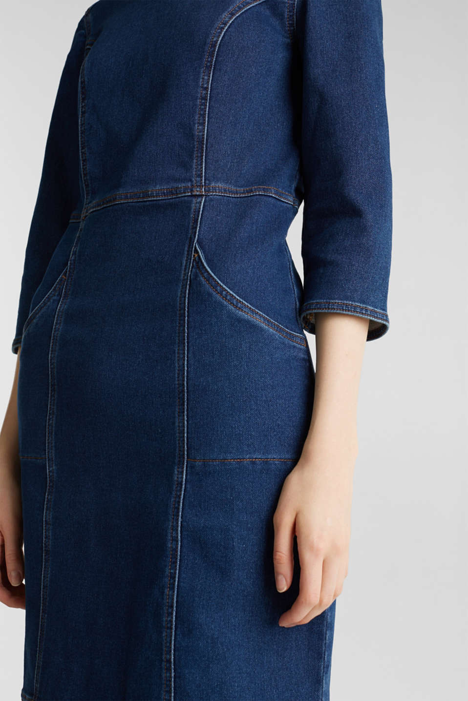 Stretch denim dress in tracksuit fabric, BLUE DARK WASH, detail image number 5