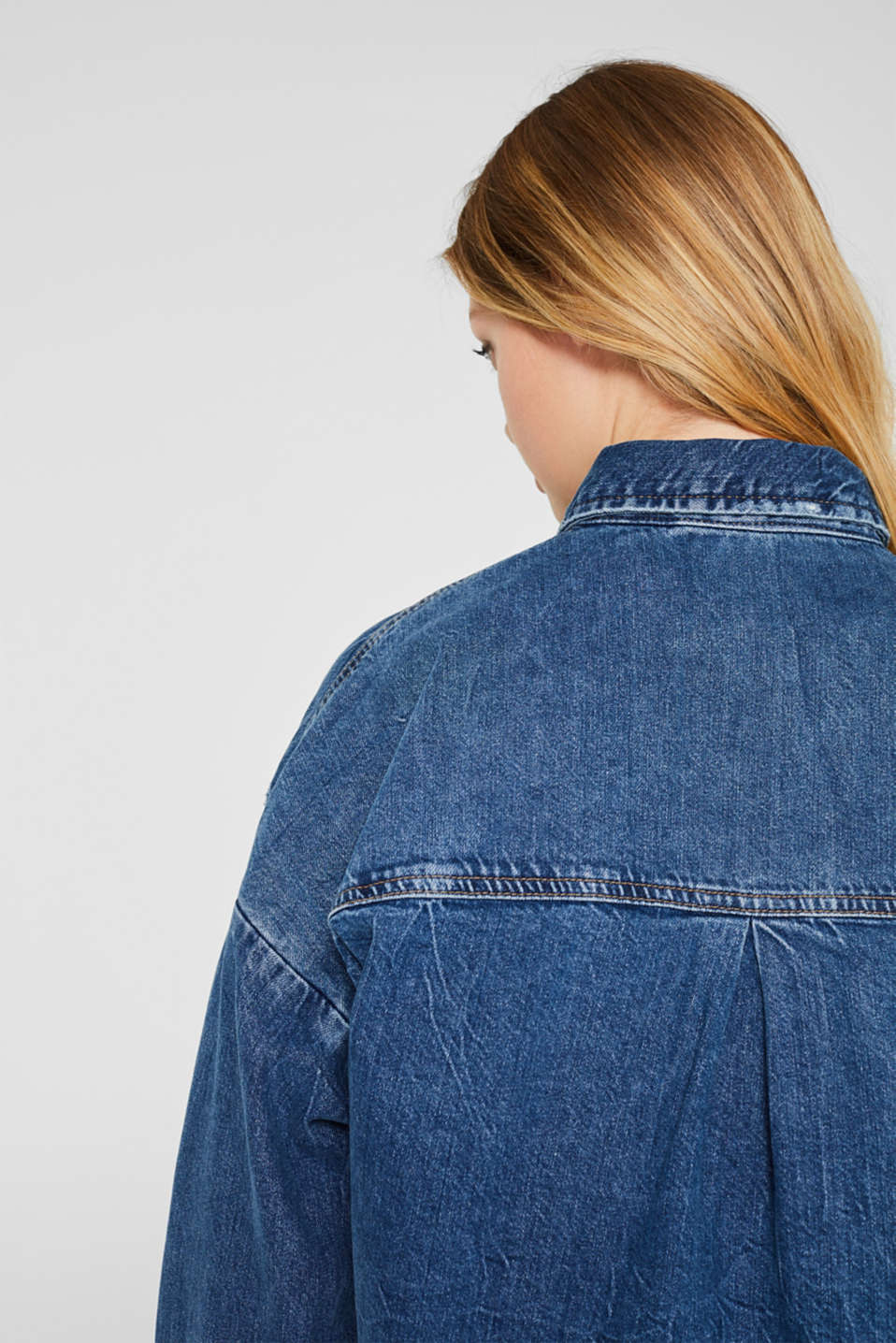 Oversized denim shirt made of pure cotton, BLUE MEDIUM WASH, detail image number 2