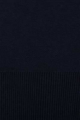 Stretch jumper with racing stripes