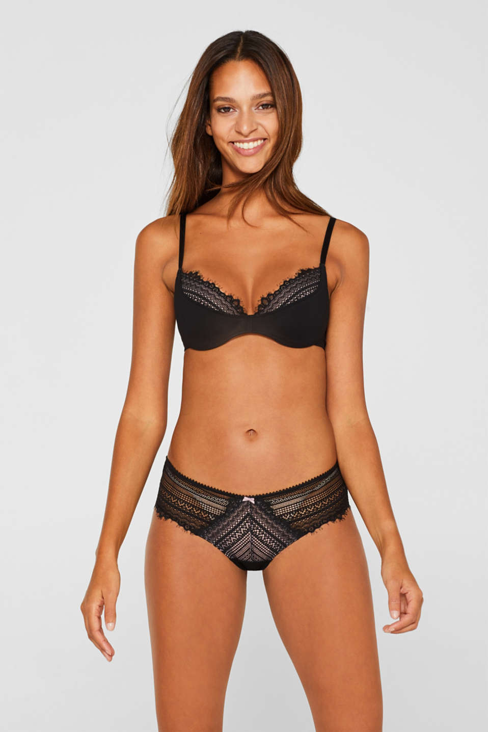 Underwire bra with half-cups and lace, BLACK, detail image number 0