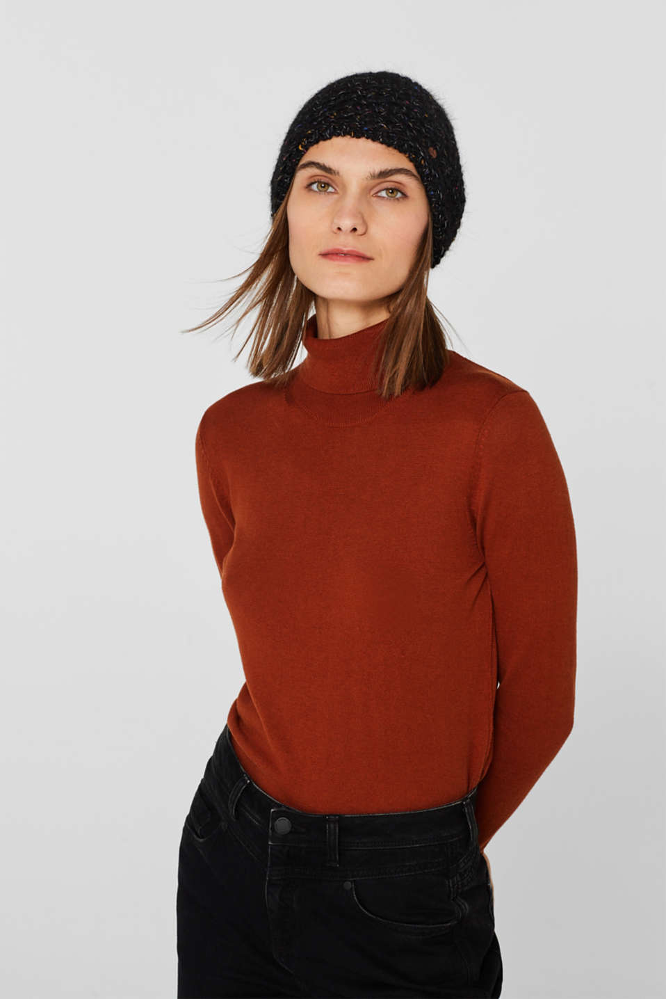 Wool blend: beanie with a faux fur pompom, BLACK, detail image number 2