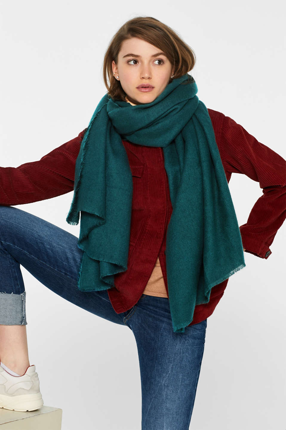 Oversized scarf with fringing, DARK TEAL GREEN, detail image number 1