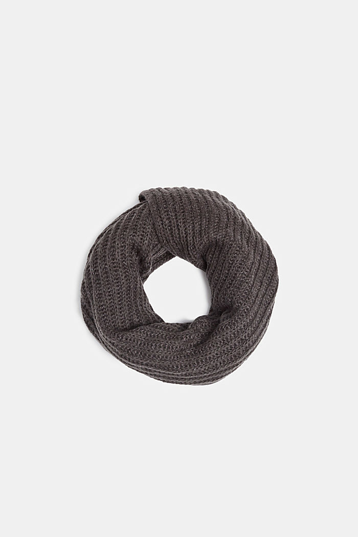 With wool: melange snood