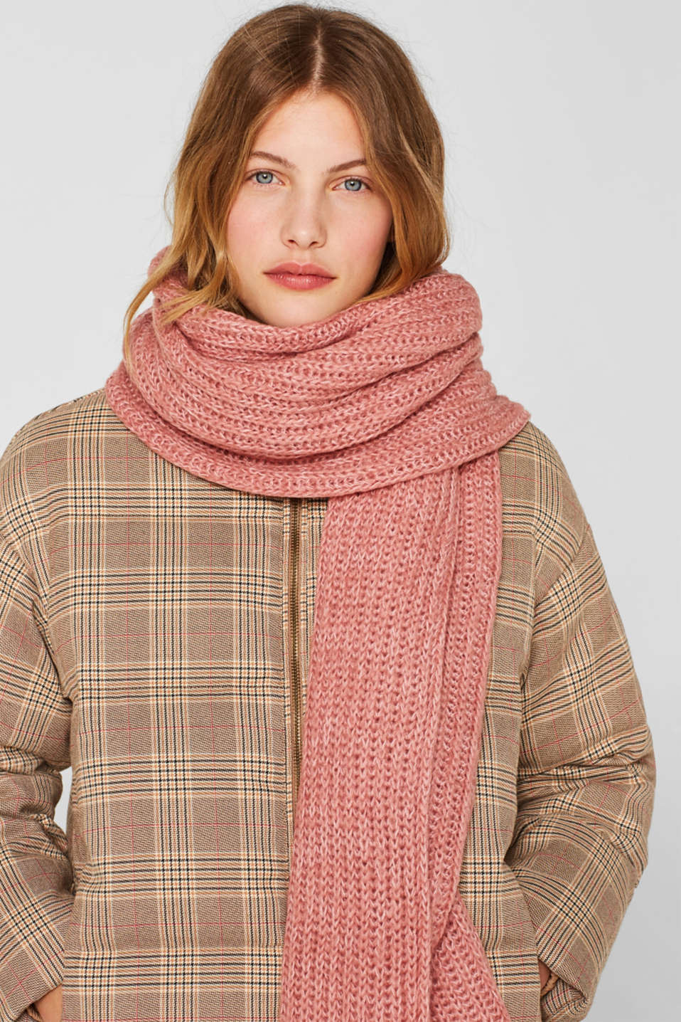 Chunky knit scarf in blended wool, MAUVE, detail image number 1