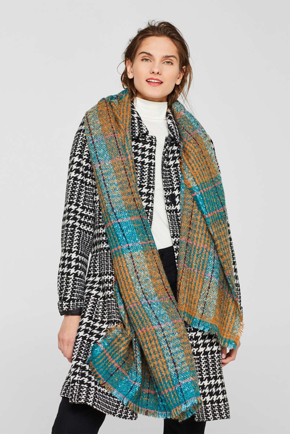 Bouclé scarf with a check pattern, TEAL GREEN, detail image number 0