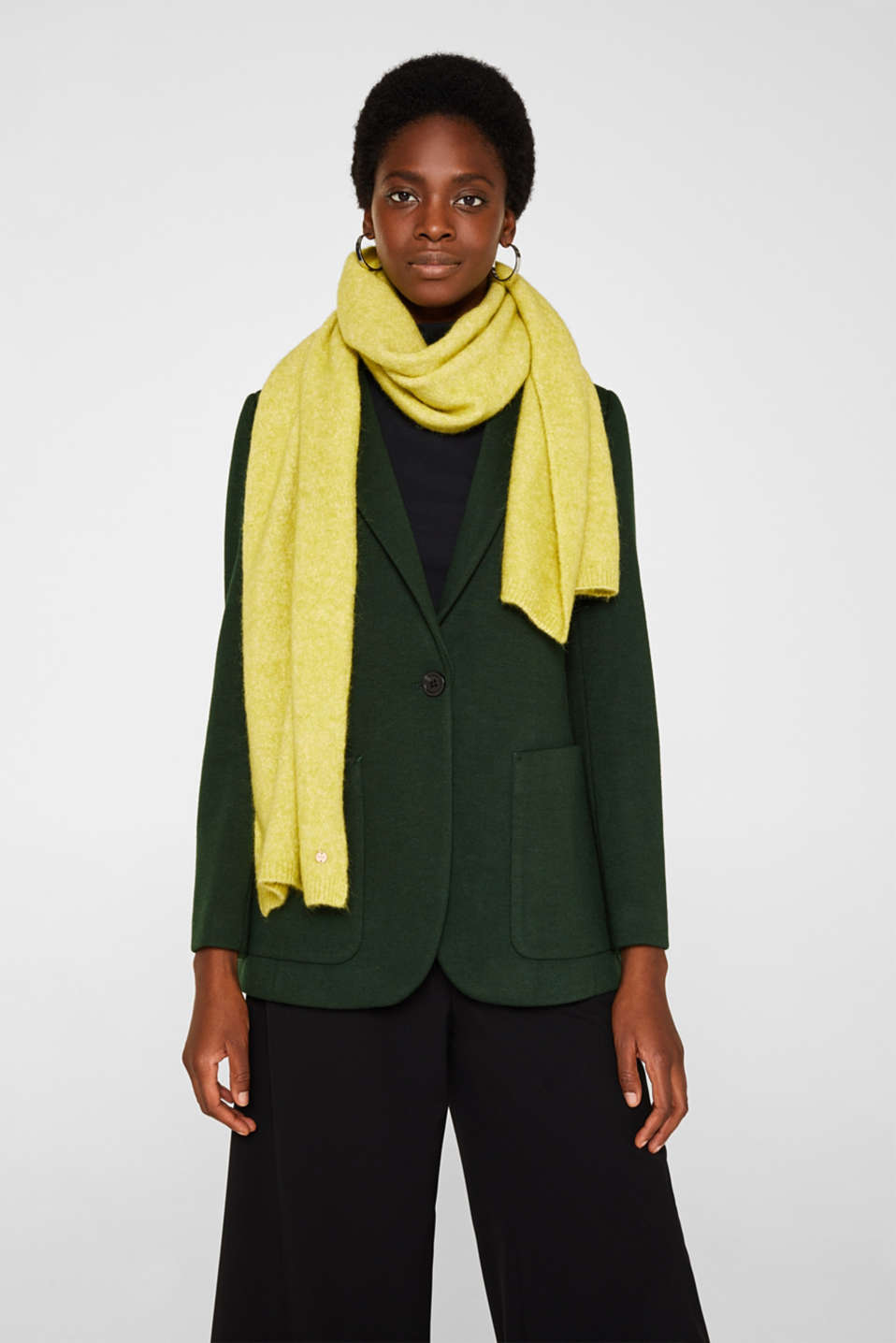 Wool blend: scarf made of Italian yarn, CITRUS GREEN, detail image number 1