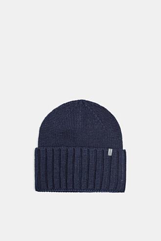 Hat with a wide, ribbed turn-up