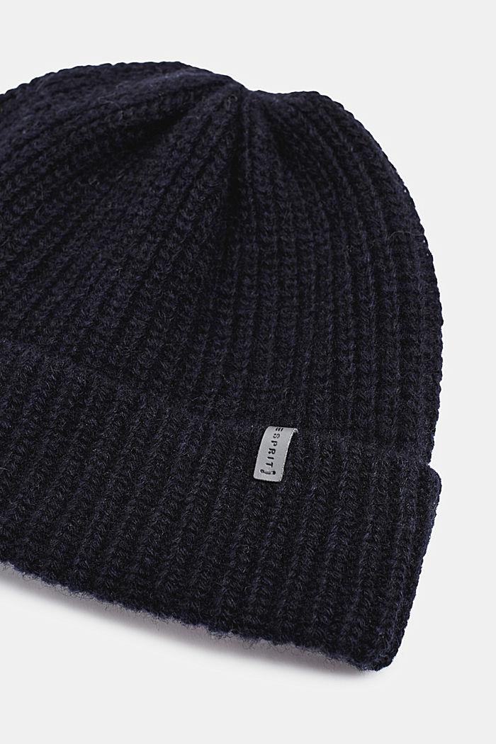 100% laine mérinos: le bonnet à la texture côtelée, NAVY, detail image number 1