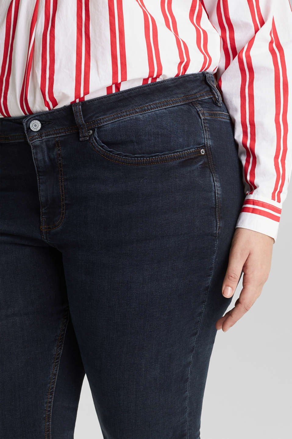 CURVY jeans with piped pockets, BLUE DARK WASH, detail image number 2