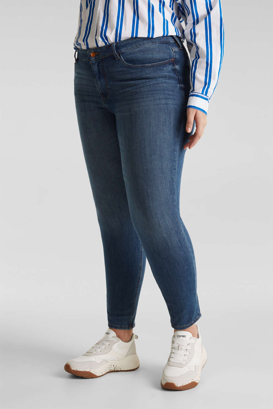 CURVY shaping jeans, BLUE MEDIUM WASH, detail image number 6